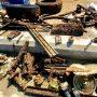 Почистиха морето край Моста – телефони, гуми и машинка за подстригване сред извадените предмети